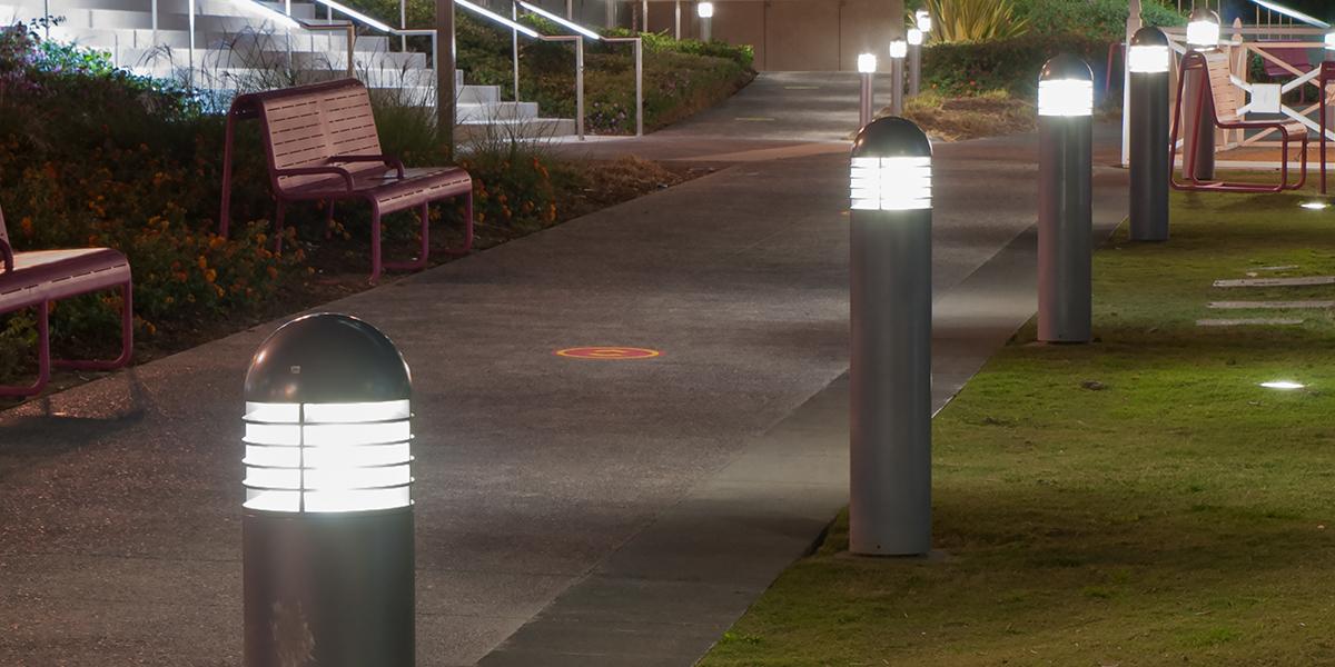 Vandal Resistant Round Bollards Hubbell Lighting C Amp I