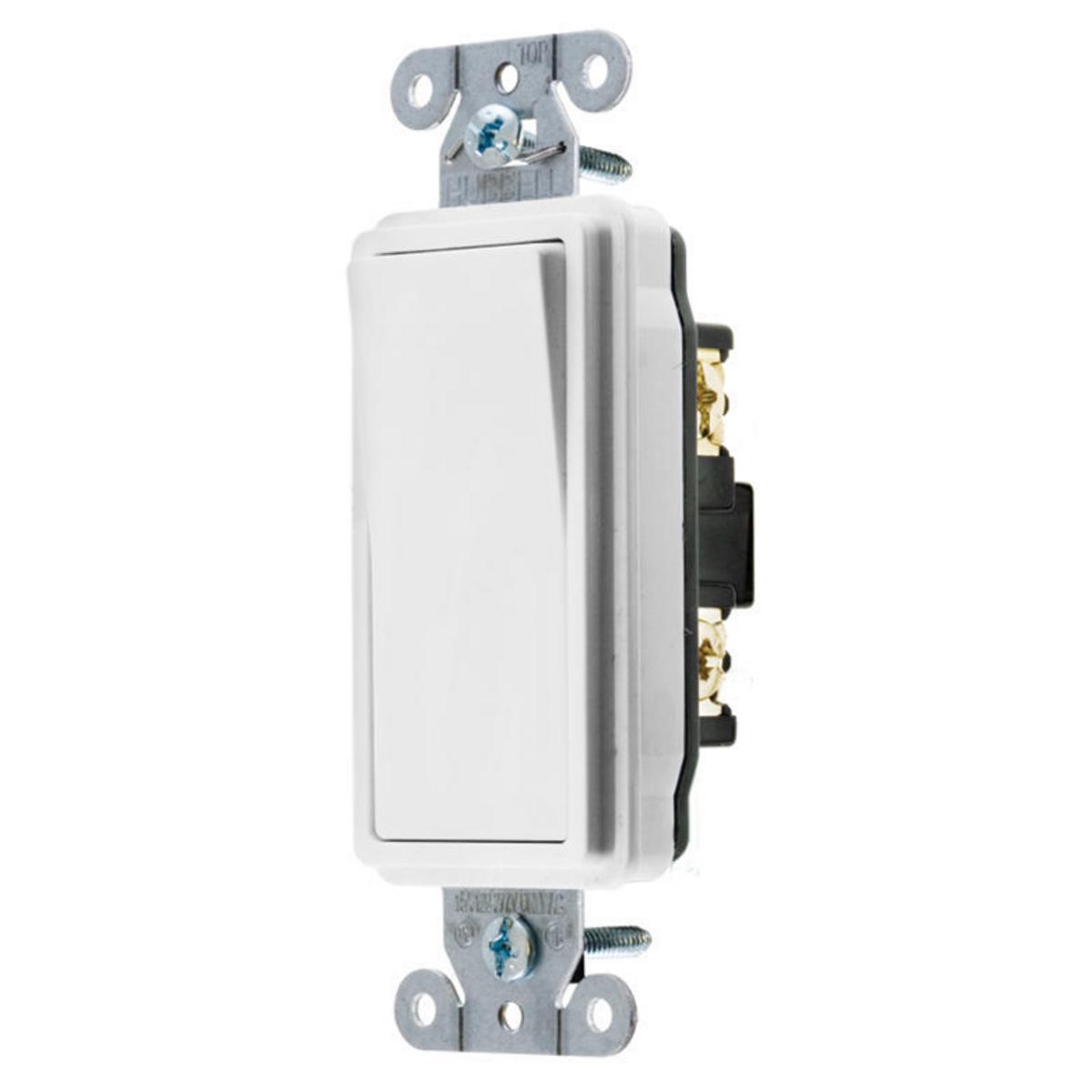 Hubbell DS420W 20 Amp 120/277 VAC 4-Way White Rocker Switch