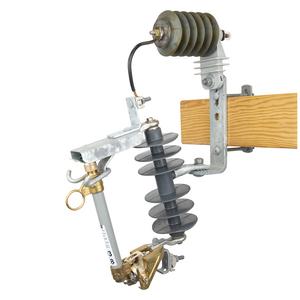 15 kV, 110 kV BIL, Type C Standard Polymer Cutout / Arrester Combination w/100A 10kAIC fuseholder