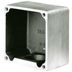 HUBBELL 26402 ADAPTOR PLATE COVER